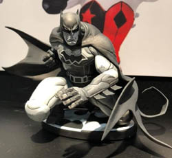 DC Collectibles Mad Batman black and white New York Toy Fair 2019 pic 1