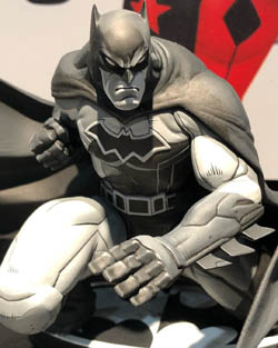 DC Collectibles Mad Batman black and white New York Toy Fair 2019 pic 2